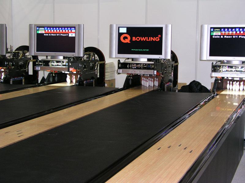 how to build a mini bowling lane